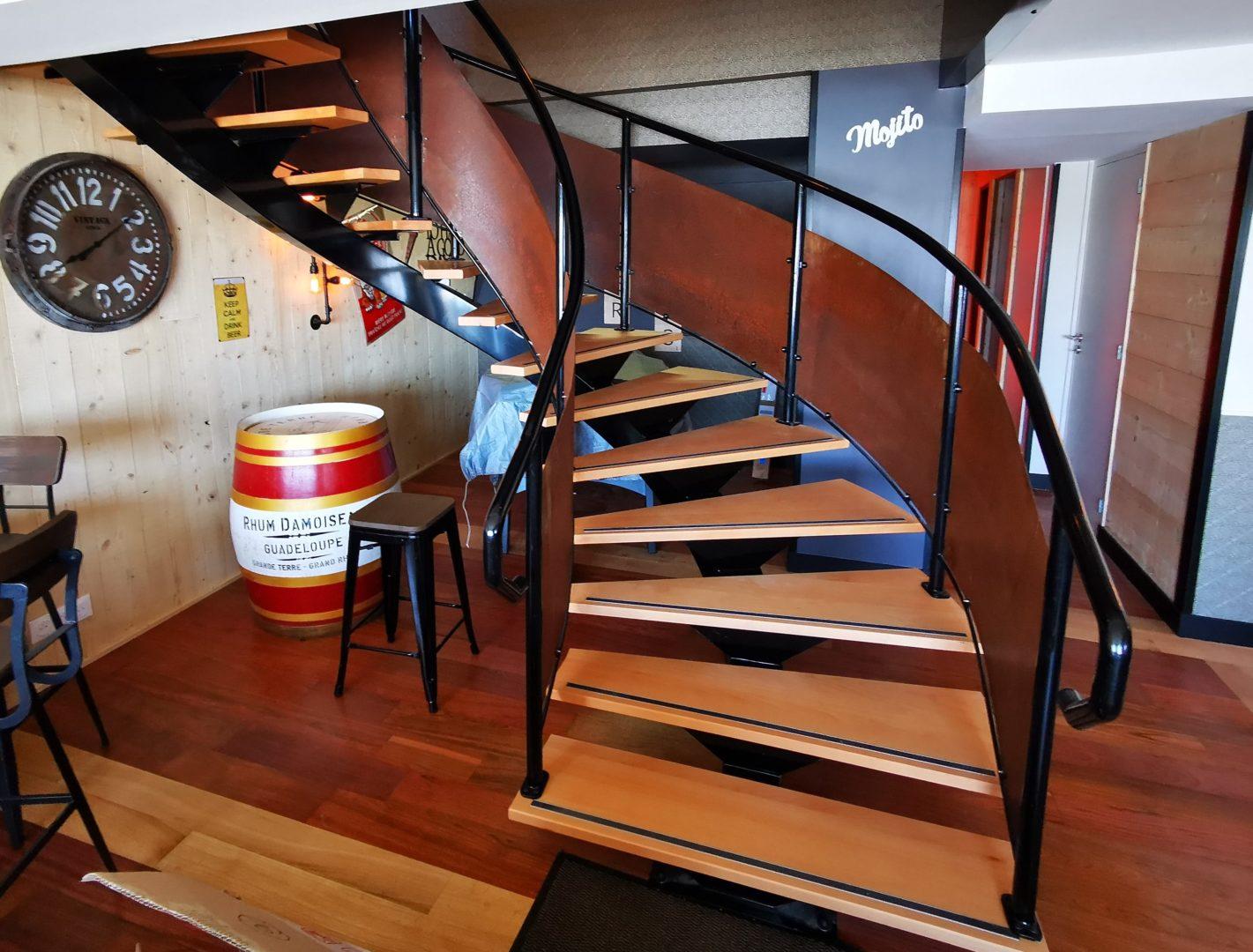 IMG 20200326 123400 1 2 - Escaliers