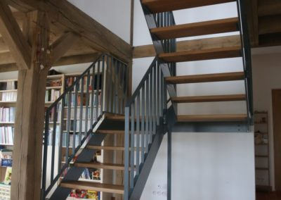 escalier fer marche chene logonna daoulas 2 - Escaliers